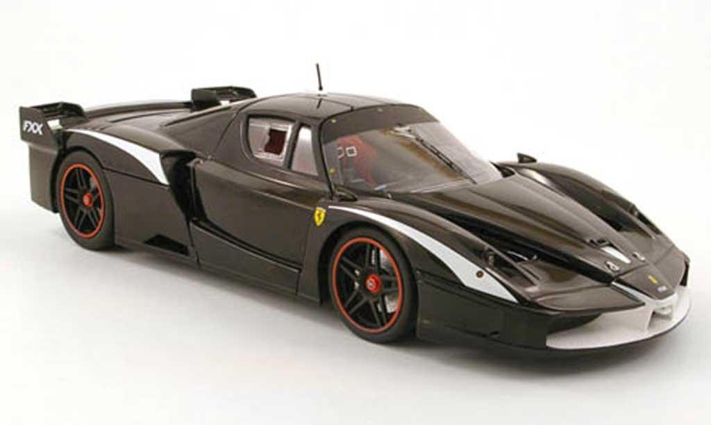 Ferrari Enzo FXX 1/18 Hot Wheels evoluzione noir modellautos