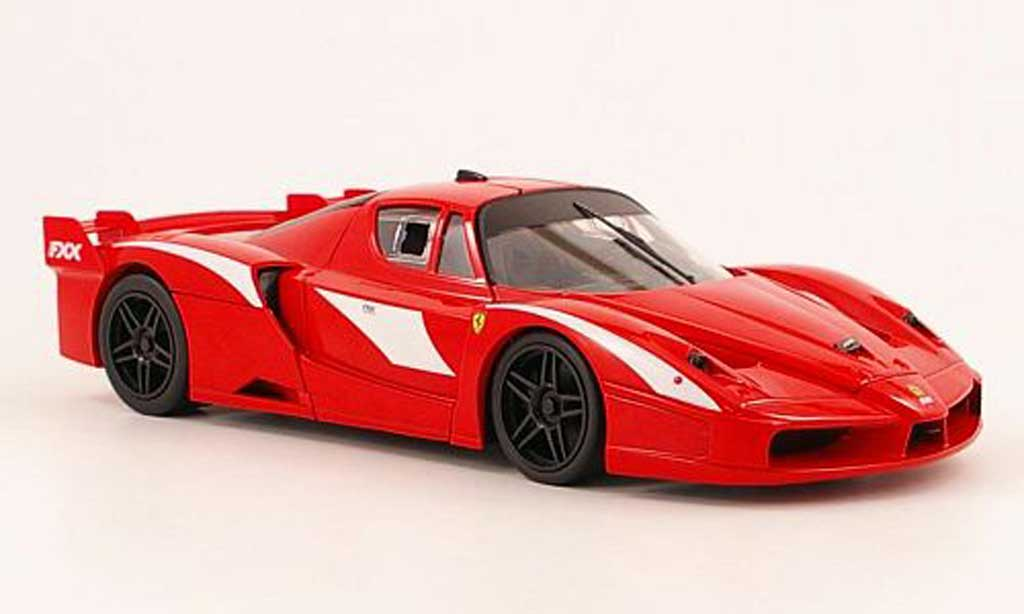 Ferrari Enzo FXX 1/18 Hot Wheels evoluzione rouge foundation serie miniature