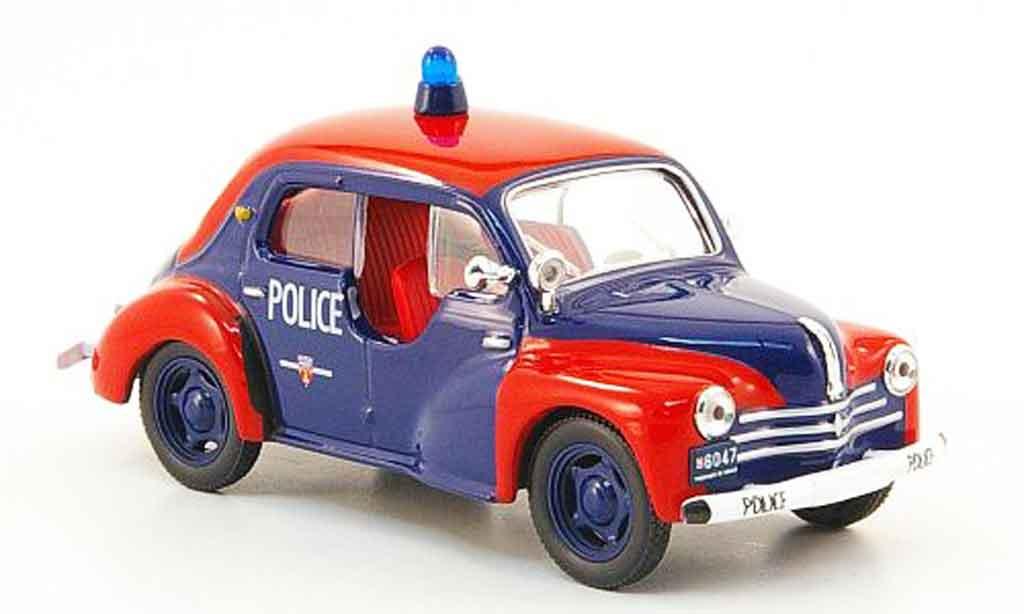 Renault 4CV 1/43 IXO police de monaco miniature