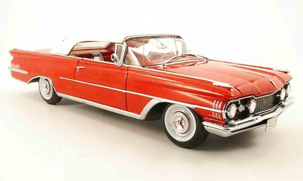 Oldsmobile 98 1/18 Sun Star convertible rouge/blanche toit fermees verdeck 1959 miniature