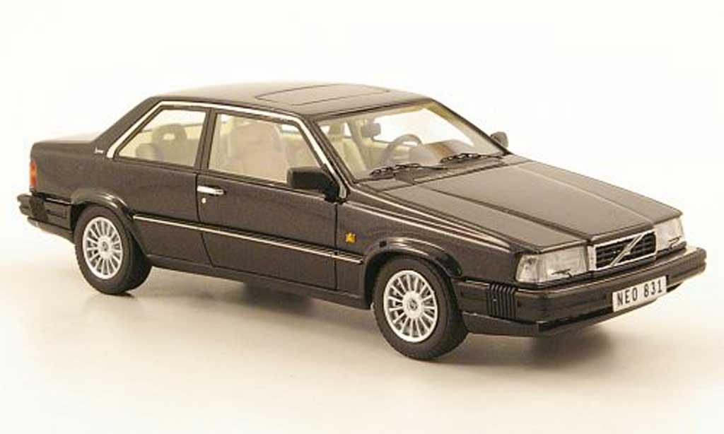 Volvo 780 1/43 Neo Bertone noire 1988 miniature