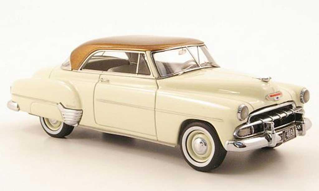 Chevrolet De Luxe 1/43 Neo HT Coupe creme/gold 1952 miniature