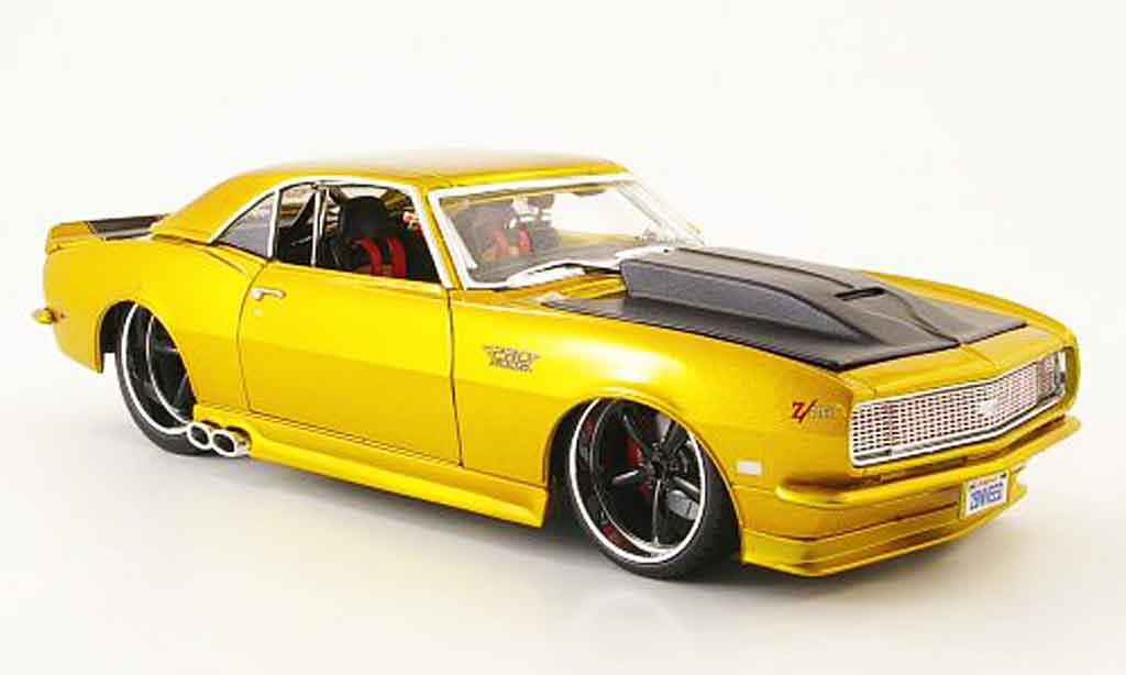Chevrolet Camaro Z28 1/18 Norev tuning, or 1968 miniature