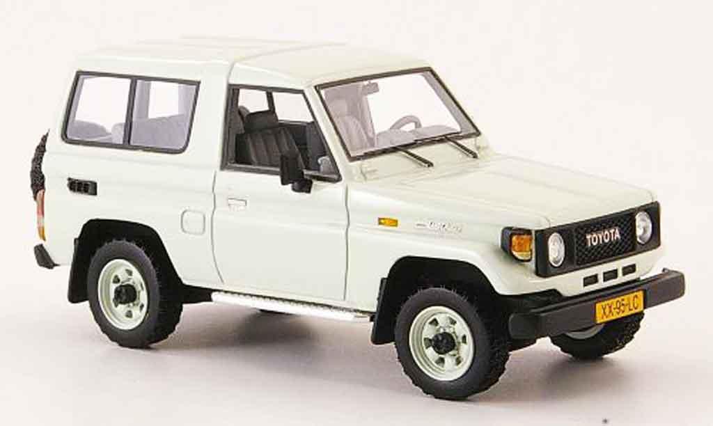 Toyota Land Cruiser 1/43 Neo blanche 1985 miniature