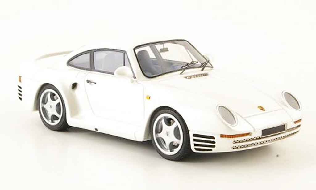 Porsche 959 1984 1/43 Look Smart white diecast model cars