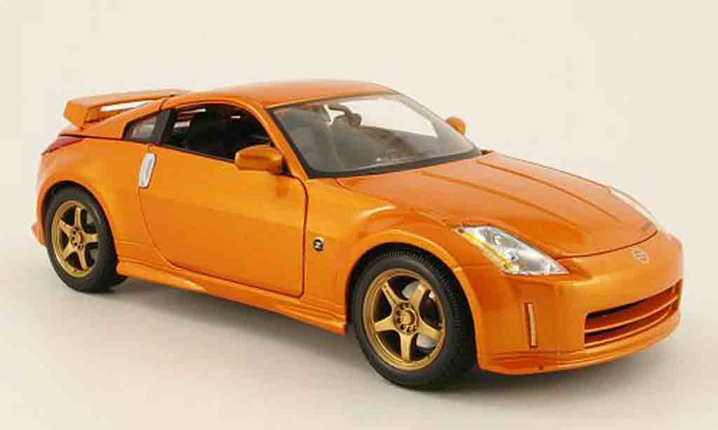 Nissan 350Z 1/18 Maisto nismo s-tune orange miniature