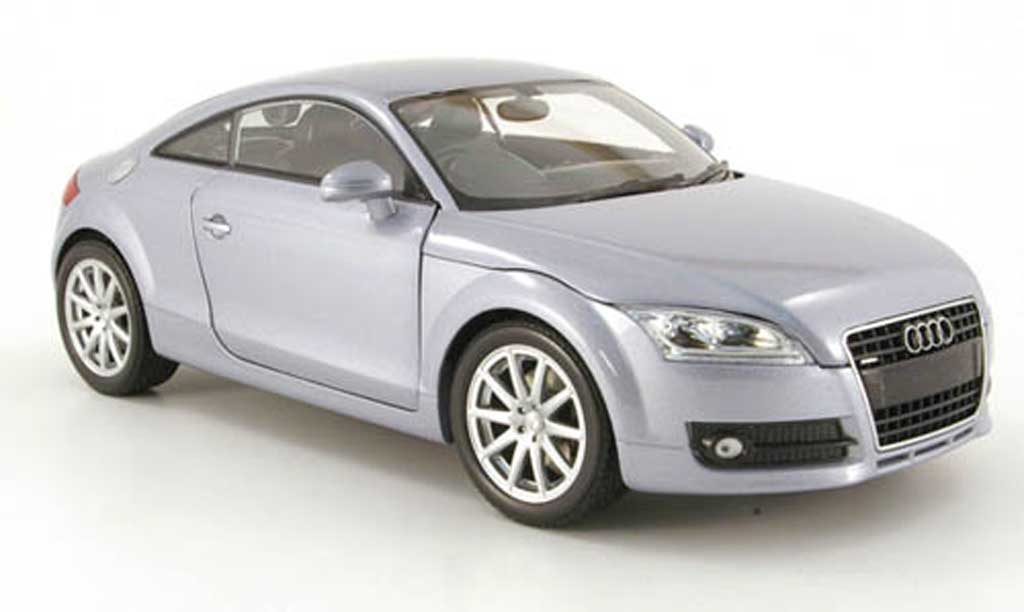 Audi TT coupe 1/18 Minichamps rhd bleu clair metallized 2006 miniature