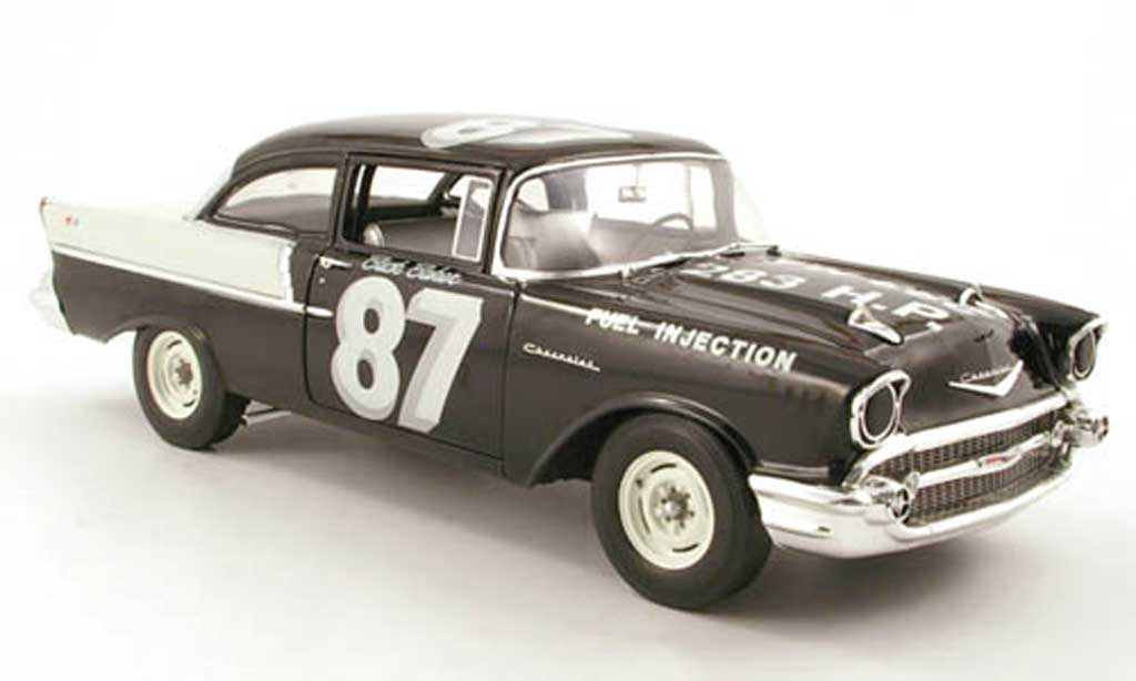 Chevrolet Bel Air 1957 1/18 Highway 61 150 no.87 buck baker black widow racer miniature