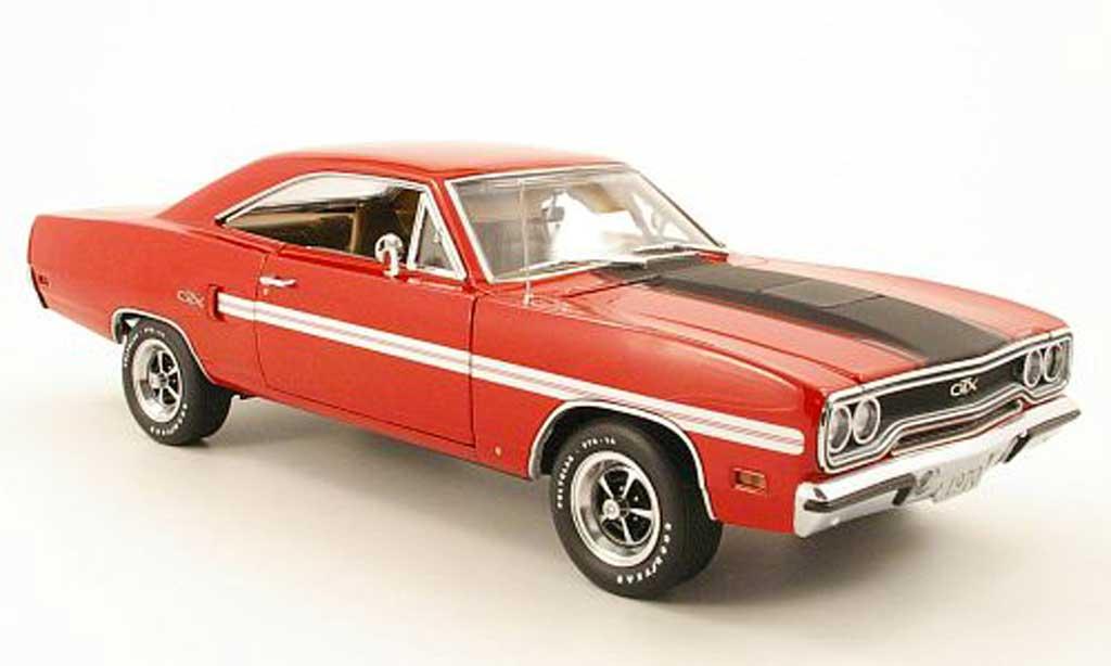 Plymouth GTX 1/18 GMP hemi rouge/mattnoir 1970 miniature