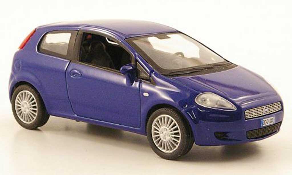 Fiat Grande Punto 1/43 Hachette bleu 3-portes 2005 miniature