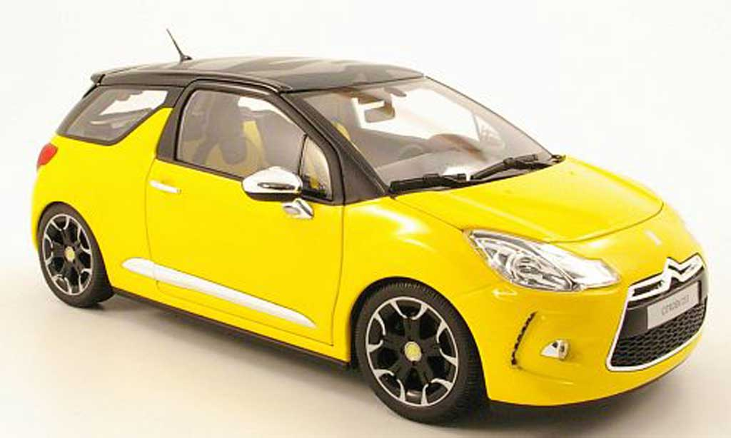 DS Automobiles DS3 1/18 Norev yellow/black 2010 diecast model cars
