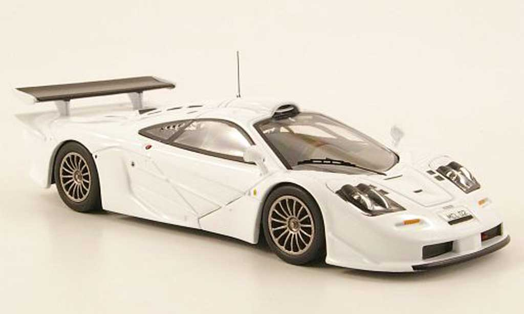 McLaren F1 1/43 IXO GTR Long Tail blanche Homologationsmodell 1997 miniature