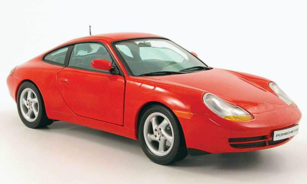 Porsche 996 Carrera 1/18 Sun Star coupe rouge 1998 miniature