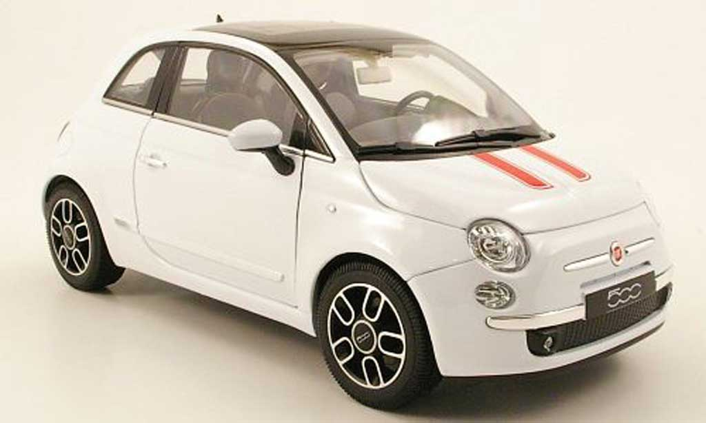 Fiat 500 1/18 Welly white deux bandes red 2007 diecast
