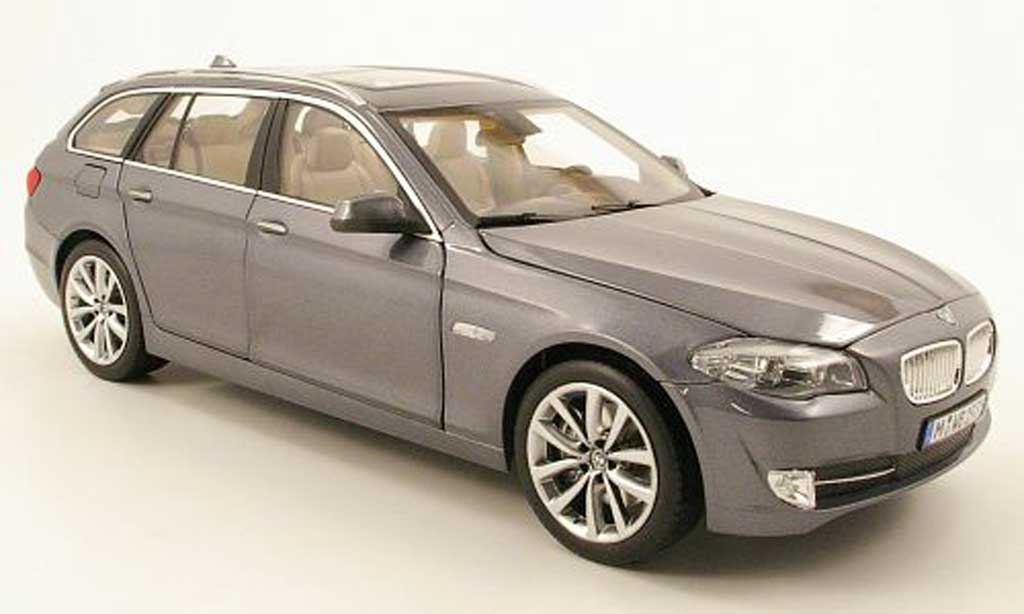 Bmw 550 F11 1/18 Norev touring grise 2010 miniature