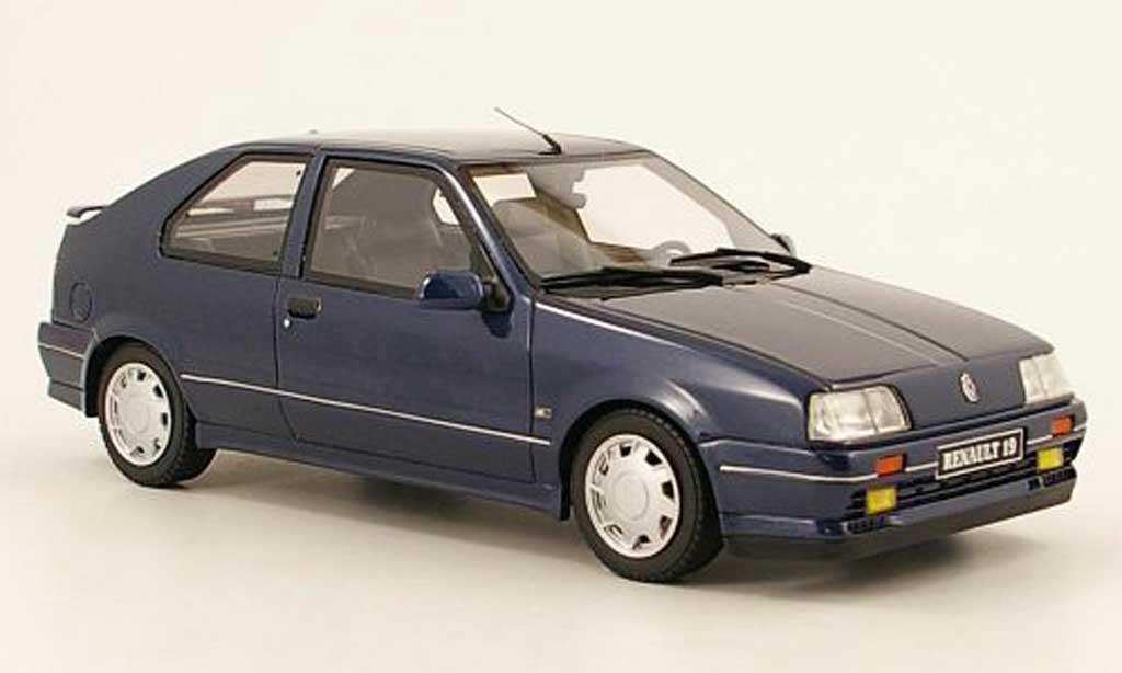 Renault 19 1/18 Ottomobile 16s phase 1  bleu