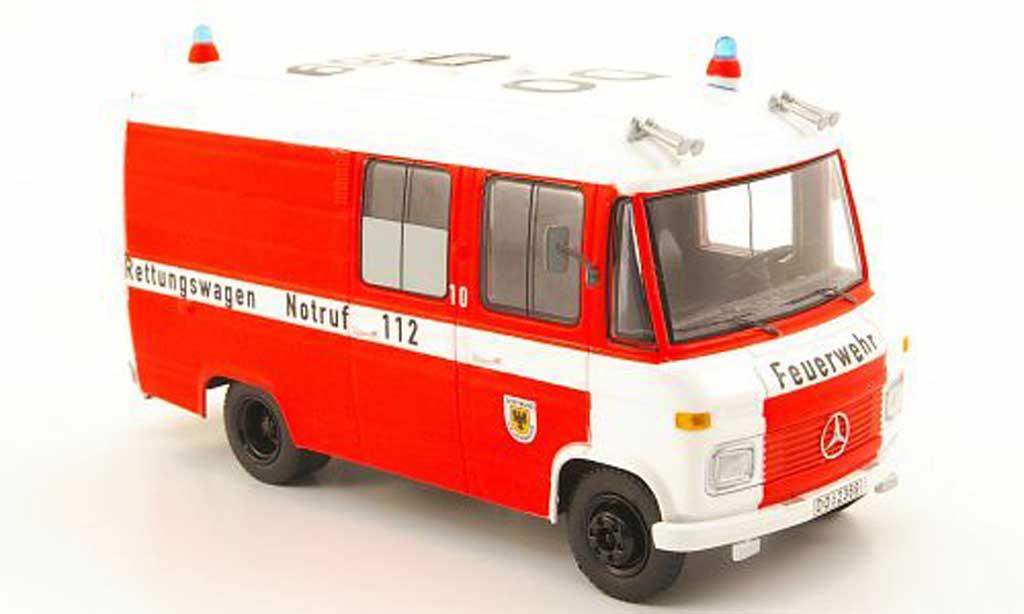 Mercedes L408 1/43 Schuco pompier Dortmund - Rettungswagen miniature