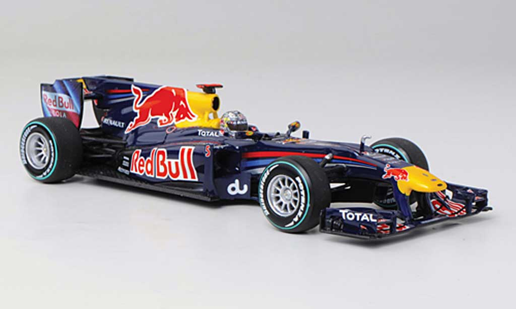 Red Bull F1 2010 1/43 Minichamps Renault RB6 No.5 S.Vettel GP Abu Dhabi miniature