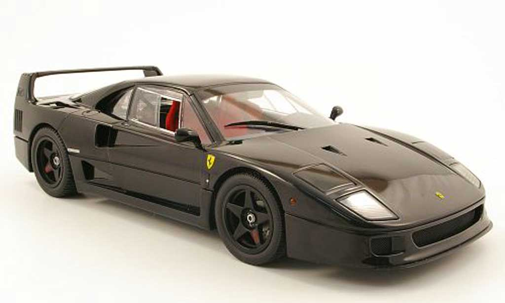 Ferrari F40 1/18 Kyosho light weight noire miniature