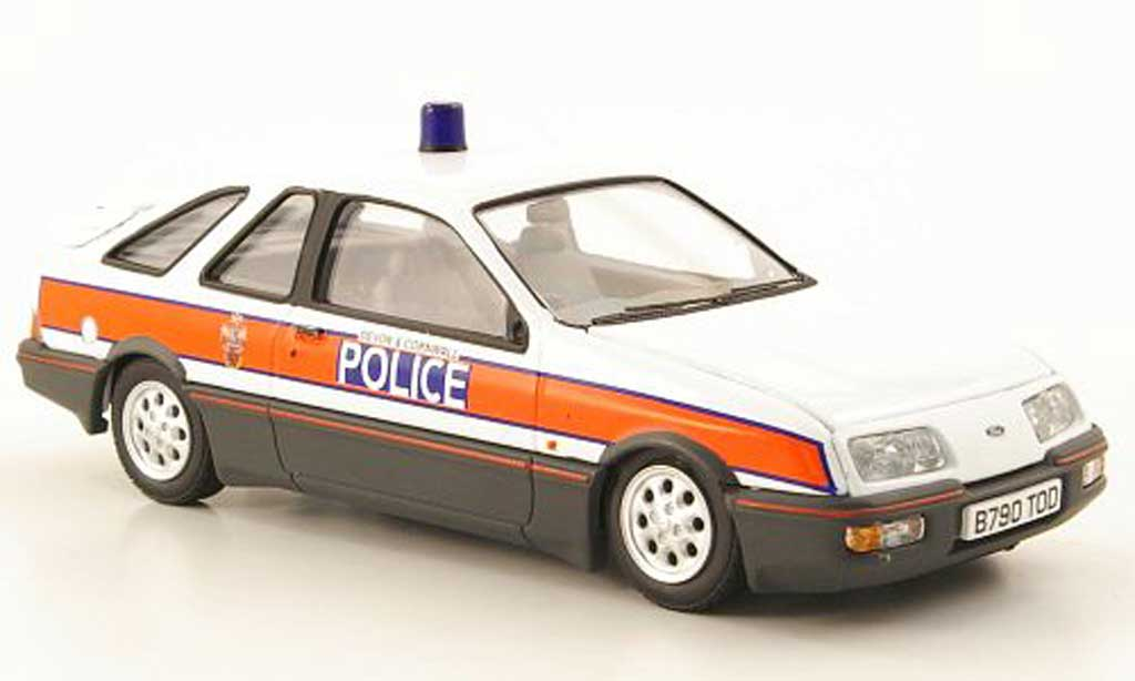 Ford Sierra XR4 1/43 Vanguards i Devon & Cornwall Police Polizei (GB) miniature