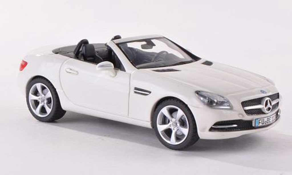 Mercedes Classe SLK 1/43 Schuco (R172) blanche 2011 miniature