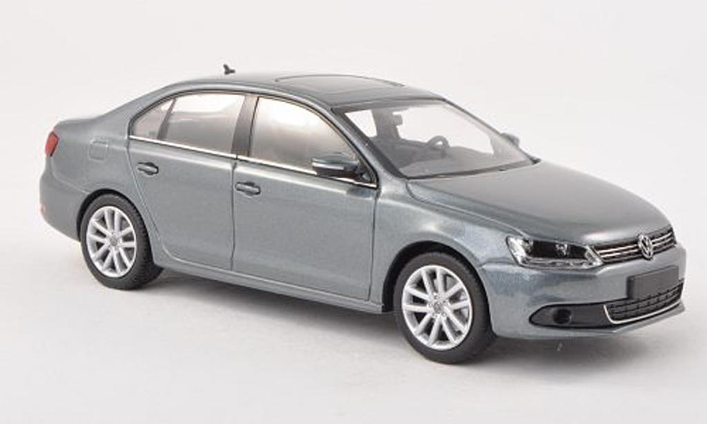 Volkswagen Jetta 1/43 Minichamps gris 2010 miniature