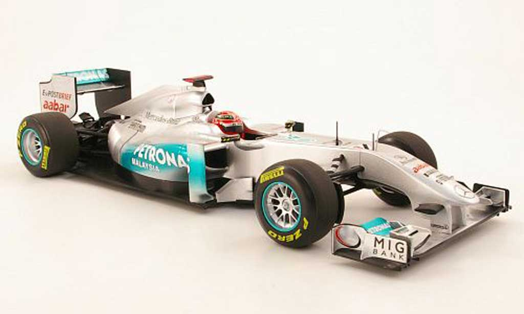 Mercedes F1 1/18 Minichamps MGP Team No7 Petronas M.Schumacher Showcar 2011 miniature