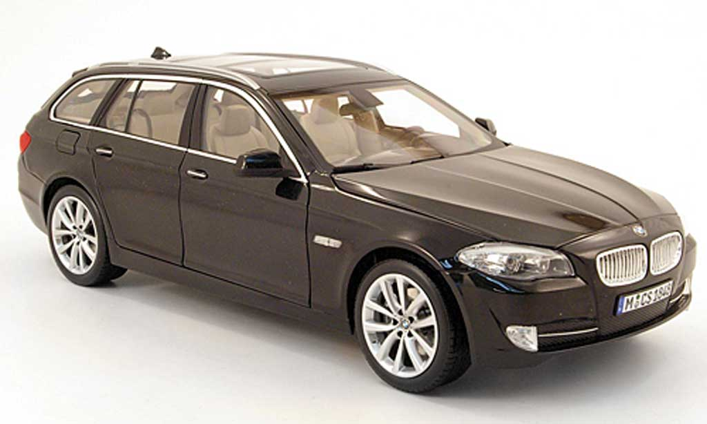 Bmw 550 F11 1/18 Norev touring noire 2010 miniature
