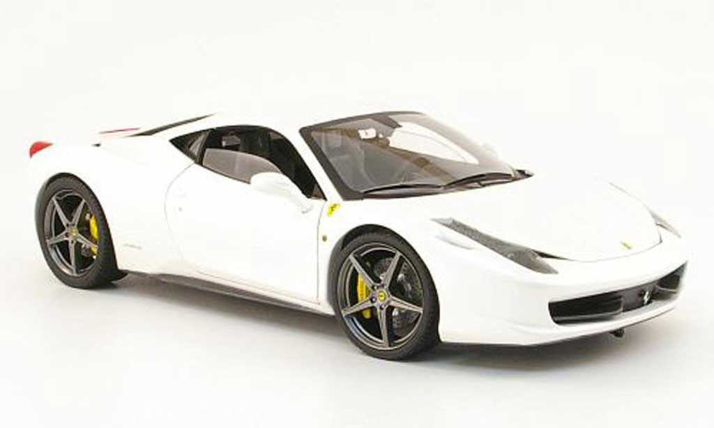 Ferrari 458 Italia 1/18 Hot Wheels Elite blanco owned by f.alonso miniatura