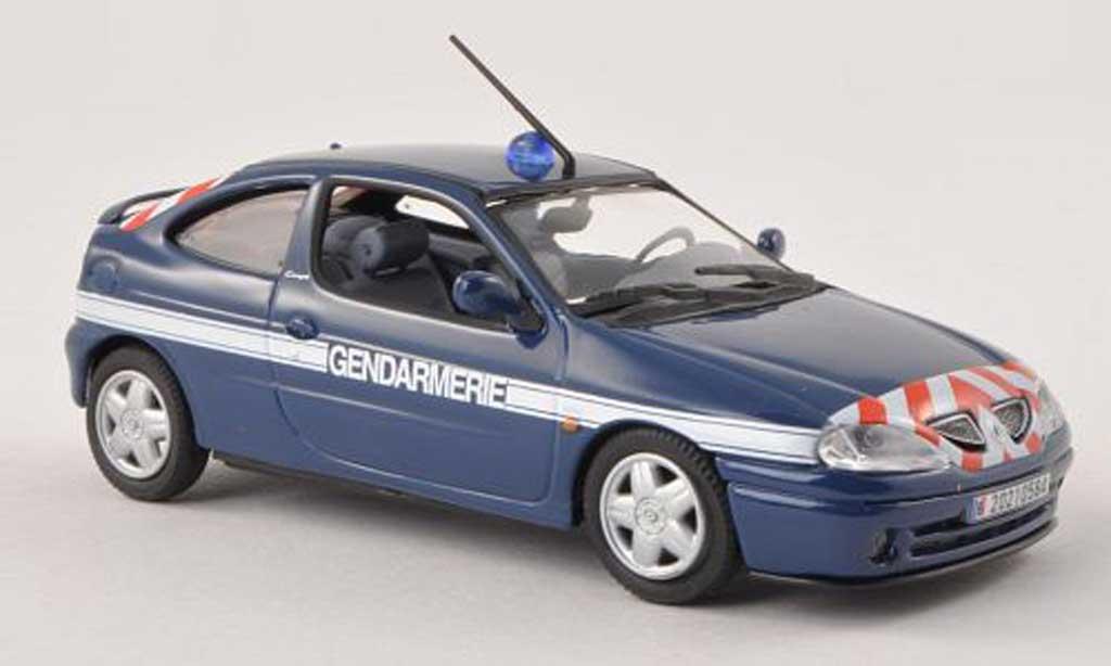 Renault Megane 1/43 Norev Coupe Gendamerie police (F) 2001 miniature