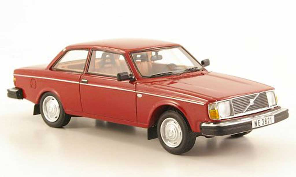 Volvo 242 1/43 Neo DL rouge 1975 miniature