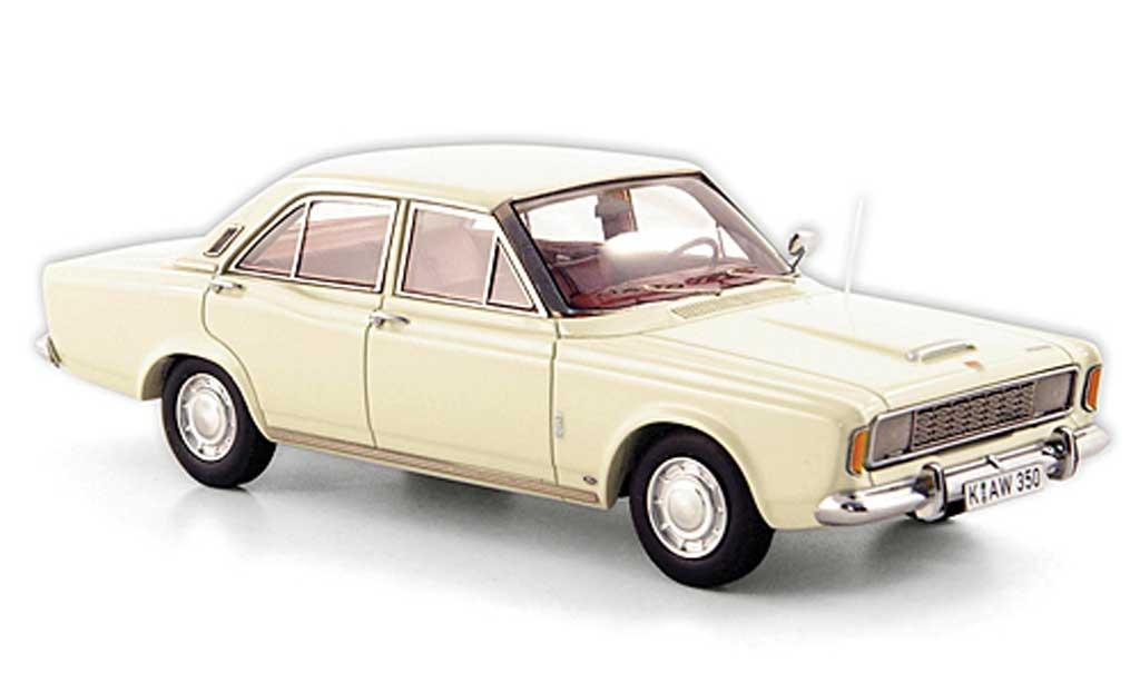 Ford Taunus 1968 1/43 Neo (P7a) 20M blanche miniature