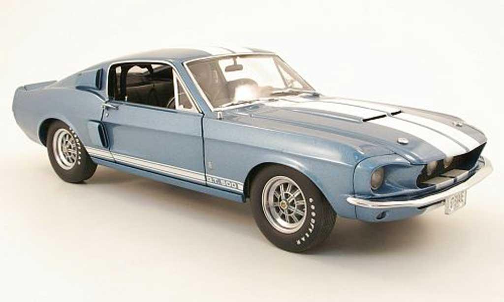 Shelby GT 500 1/18 GMP bleu/blanche 1967 miniature