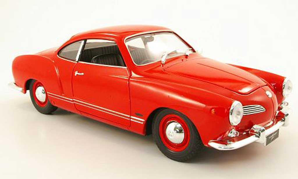 Volkswagen Karmann 1/18 Welly ghia coupe rosso miniatura