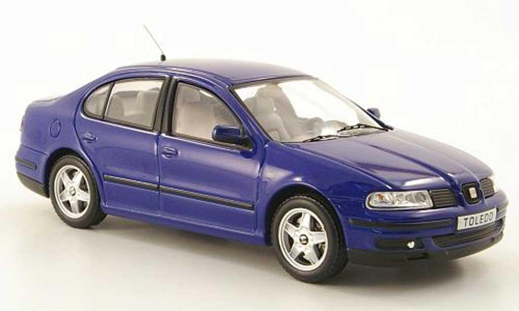Seat Toledo 1/43 IXO (Serie II) bleu 1999 miniature