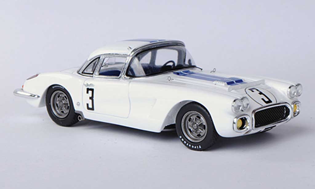 Chevrolet Corvette C1 1/43 Spark  No.3 J.Fitch / B.Grossman 24h Le Mans 1960 diecast model cars