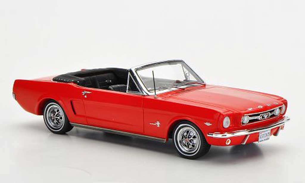 Ford Mustang 1966 1/43 Spark 1966 Convertible rouge miniature