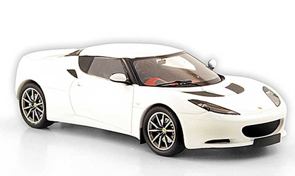 Lotus Evora S 1/43 Spark blanche 2010 miniature