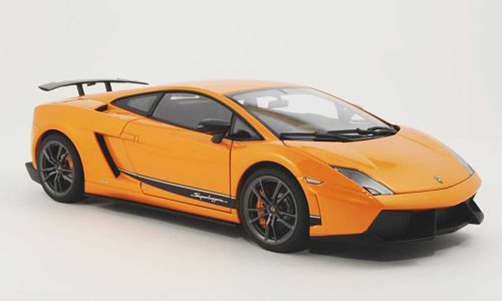 Lamborghini Gallardo Superleggera 1/18 Autoart LP570-4 orange 2010 miniature