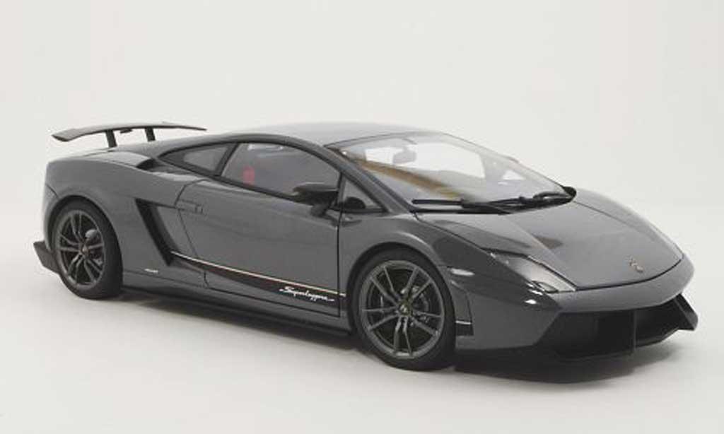 Lamborghini Gallardo Superleggera 1/18 Autoart LP570-4 gray 2010 diecast