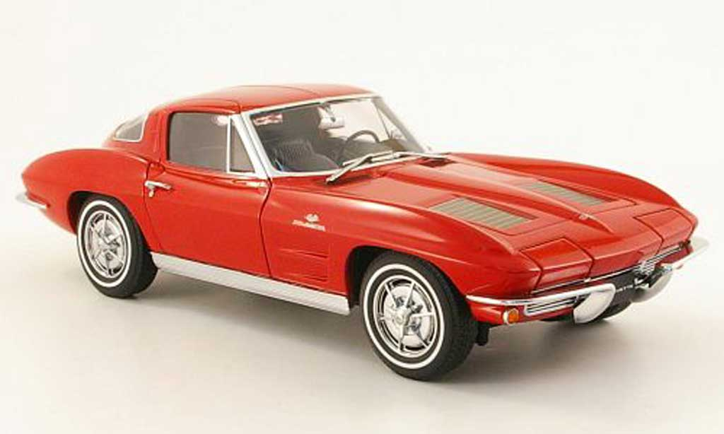 Chevrolet Corvette C2 1/18 Autoart coupe rouge 1963 miniature