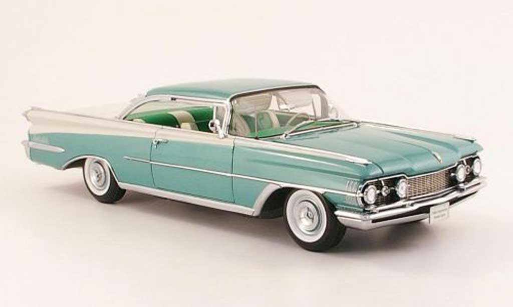 Oldsmobile 98 1/18 Sun Star HardTop grun/blanche 1959 miniature