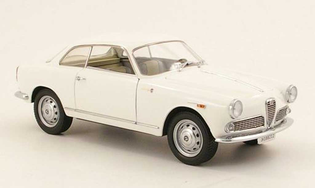 Alfa Romeo Giulietta Sprint 1/18 Mini Miniera 1300 white 1965 diecast model cars