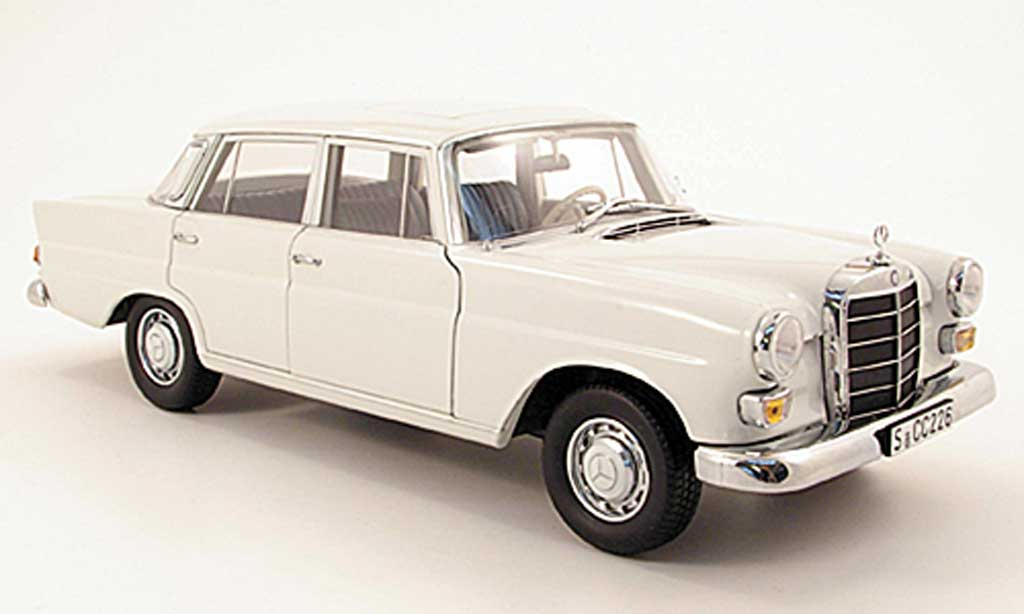 Mercedes 200 1/18 Norev (W110) white diecast model cars