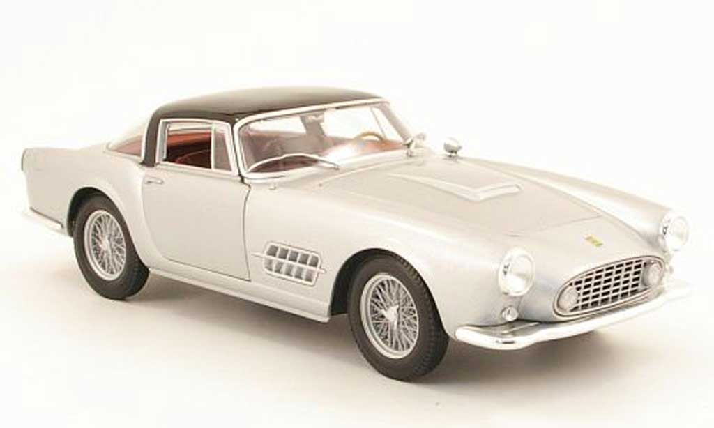 Ferrari 410 1/18 Hot Wheels superamerica grise metallisee/noire miniature