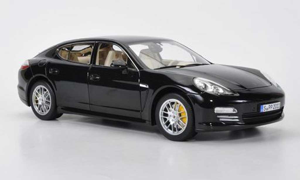 Porsche Panamera 1/18 Norev noire 2009 miniature