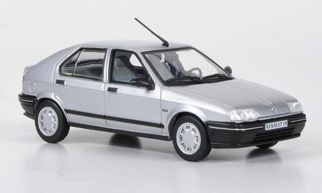 Renault 19 1/43 Norev grise 5-Turer 1988 miniature