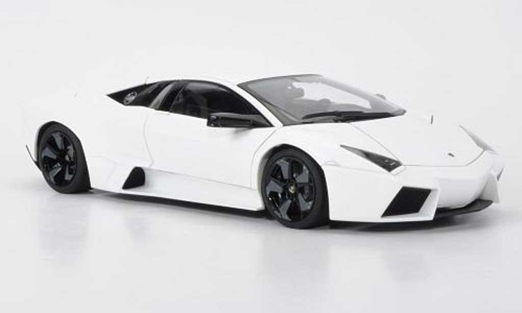 Lamborghini Murcielago Reventon 1/18 Autoart matt blanche miniature