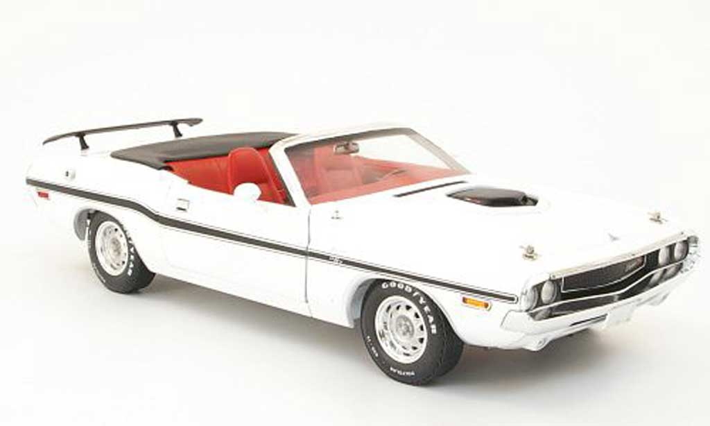 Dodge Challenger 1970 1/18 Greenlight r/t convertible white diecast