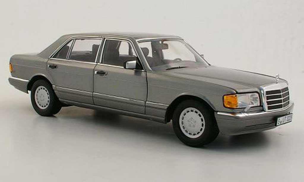 Mercedes 560 SEL 1/18 Norev (W126) grise 1985 miniature